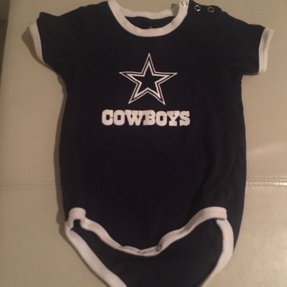 🏈Dallas Cowboys Onesie 12 months🏈. M 5a45cc95b7f72b912910157a. Other One  Pieces ... b4e5fa0dd